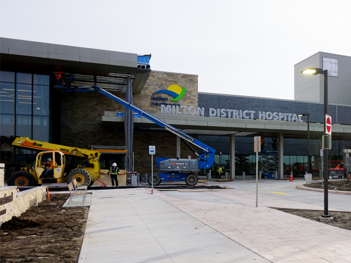Exterior Photograph of Milton District Hospital